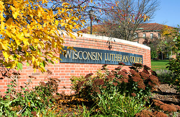 2018 WLC sign in fall